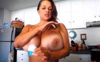 Busty Latina Monica Mendez Oiled Up