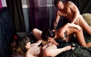 Nacho gives Franceska and Penelope a hard pussy pounding