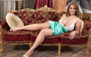 Erin Star's big naturals in a shiny nightgown