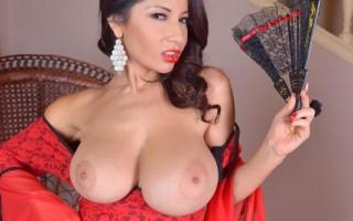 Susana Alcala milf boobs