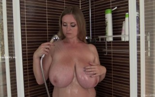 Maria Body rubbing her massive tits in the shower