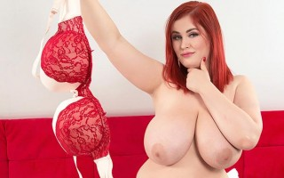 Chubby redhead Alexsis Faye in bed