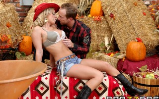 It's just another day down at the farm, and after some heavy lifting, Melissa is ready to climb into that pick-up truck and play with her pussy til the cows come home. But Ryan knows just how to help her relax: by plowing her good and giving this little c