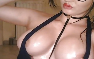 Big Sexy Oily Boobs On Webcam