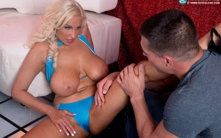 Busty stripper Holly Brooks is the best fuck