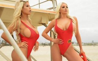 Bridgette B and Nicolette Shea BabeZZ Watch: A XXX Parody