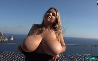 Vivian Blush 'funtastic' tits on the patio