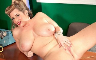 Maggie Green is a classic pinup secretary