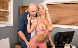 Busty Blonde Fucked By Towing Company