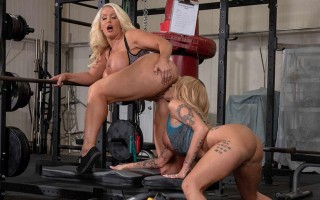 Alura Jenson & Joslyn James MILF Wars at the gym