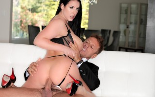 "Angela White in ""I Am Angela, Ep. 4: Ciao Bella!�"