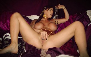 Slave Leia from StarWars pleasing her own pussy