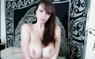 WOW Huge Boobs and Ass On Cam