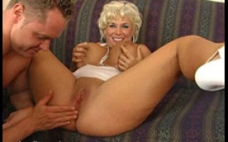 Buff toy boy for southern MILF Claudia-Marie