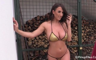 34G Stacey Poole shows a naughty photographer her beautiful tits
