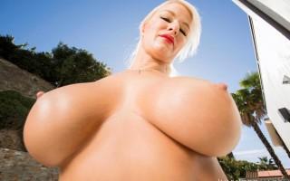 Big tit MILF London River gets an anal workout