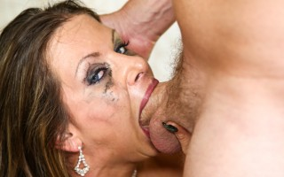Rachel Roxxx sucking and gagging real hard on horny prick.