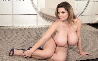 Big breasted girl Kitty Cute naked on a swing