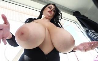Leanne Crow seductive in black skyline photoshoot