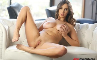 Juicy chested Ashley Adams brings out the best