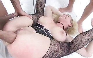 Anal, DAP and Fisting for a Kinky Slut