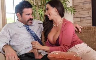 Ariella Ferrera fucks her son�s teacher