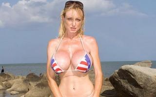 Morgan Leigh big tits in patriotic bikini