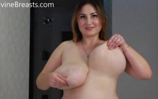 Ivanna Lace Tit Games