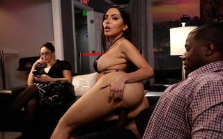 Laying A Hand On Lela Star